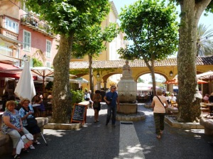 Plenty of nice squares to eat and relax at the foot of the Old Town