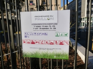 There are plenty of activities that aren't allowed in the Promenade du Paillon and a strong police presence to make sure that these rules are properly enforced