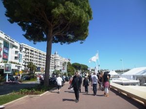 Boulevard de la Croisette, heading towards the domes of the Carlton Intercontinental Hotel