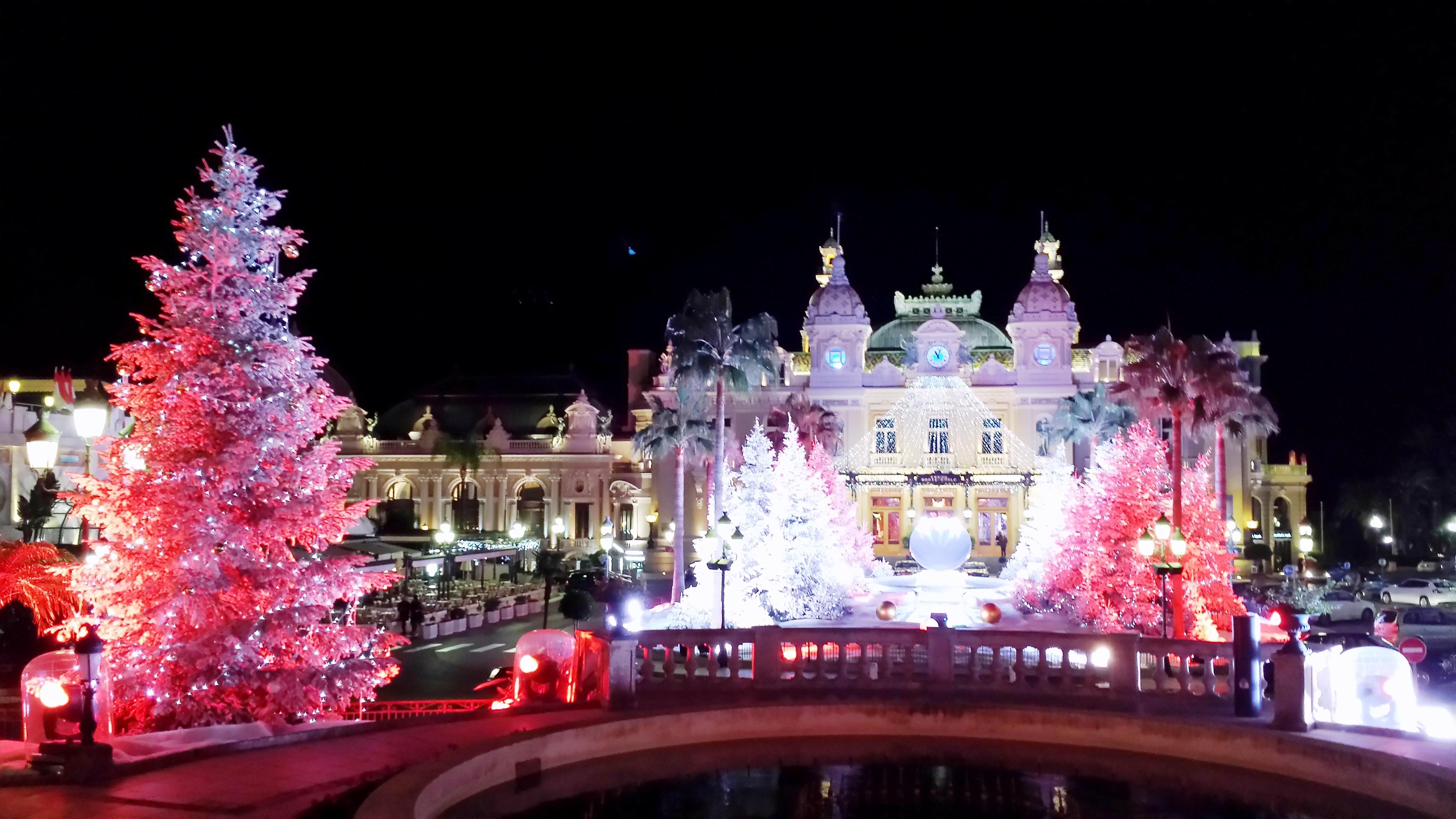 Xmas in Monte Carlo (C) K. Hin