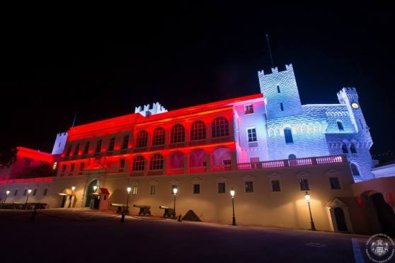 The facade of the Prince's Palace to celebrate the birth of the Royal twins (C) Palais Princier de Monaco